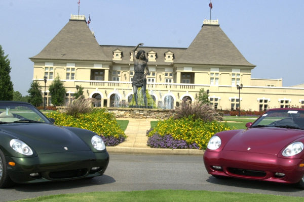 2-cars-in-front-of-Chateau-1600x650