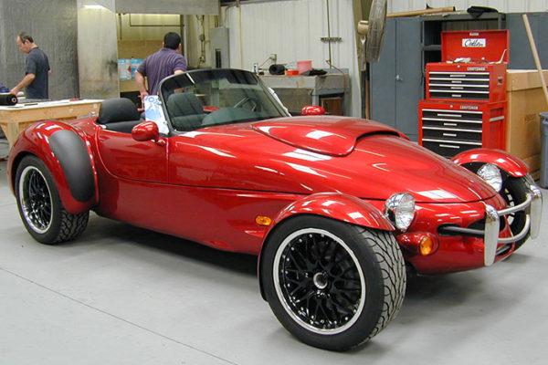 feature-1-pic-3-aiv-roadster